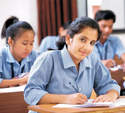 Integrated Coaching by Experts. Fee   Scholarship for XII Pass   Target Course for NEET